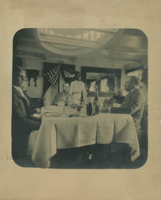 The Salon on the Sesostris